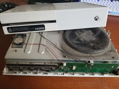 PS4-XBOX-NINTENDO-DESKTOP-LAPTOP-APPLE-CELLPHONES-TABLETS & OTHER DEVICES- REPAIR & DUST CLEANING