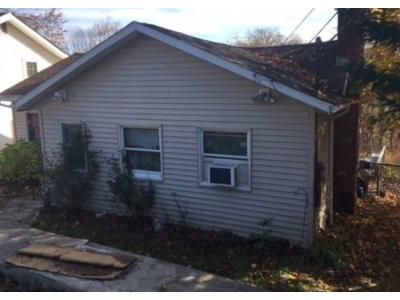3 Bed 1 Bath Preforeclosure Property in Carmel, NY 10512 - Longfellow Dr