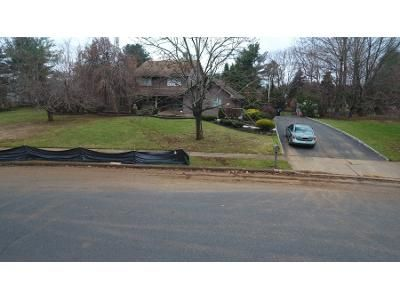4 Bed 3 Bath Preforeclosure Property in Middletown, NJ 07748 - Allaire Ave