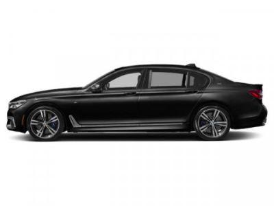 2019 BMW 7-Series M760i xDrive (Black Sapphire Metallic)