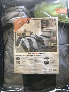 Twin/XL Twin comforter bed set