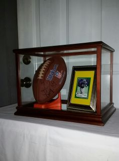 Frank Wycheck autographed ball and framed card in super nice glass case. Awesome!! $40