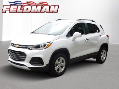 2018 Chevrolet Trax LT (summit white)