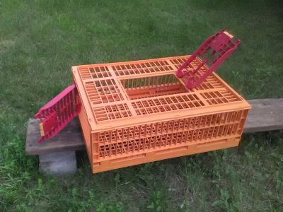 poultry crate / coop