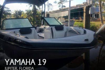 2017 Yamaha AR 195