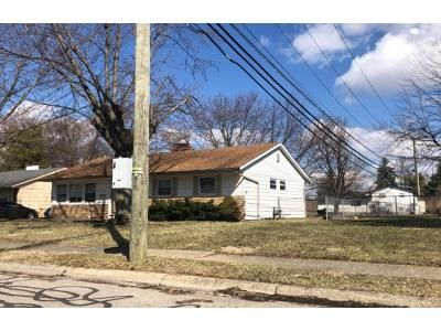 3 Bed 1 Bath Preforeclosure Property in Hilliard, OH 43026 - Circle Dr