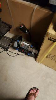 "DELTA 23-197 8"" Variable speed bench grinder"