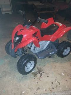 power wheels Honda 4-wheeler