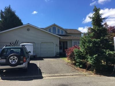 4 Bed 2.5 Bath Preforeclosure Property in Issaquah, WA 98029 - SE 38th Ct