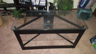 2 Tier Glass TV Stand/Table