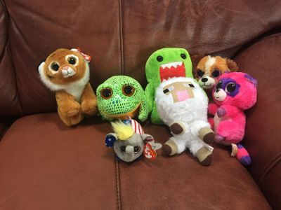 Stuffed animals, several ty big sparkly eyes