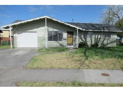 3 Bed 1 Bath Foreclosure Property in Moses Lake, WA 98837 - W Fern Dr