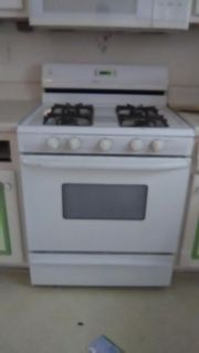Maytag gas stove moving today don't need make offer