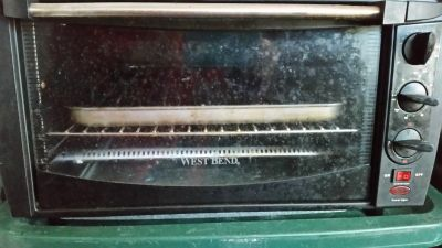 Electric small toaster oven