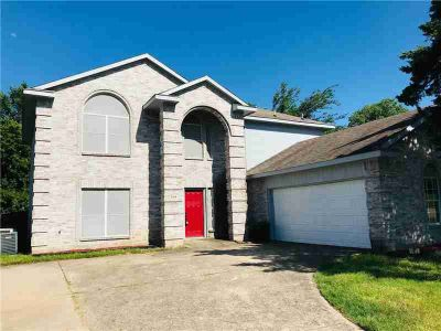 504 Creek Tree Drive DESOTO Four BR, Situated on an oversized