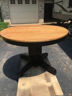 Solid Wood Round / Oval table
