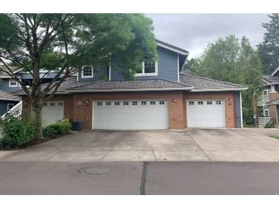 3 Bed 3.0 Bath Preforeclosure Property in Wilsonville, OR 97070 - SW Ruth St Unit 70