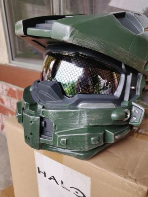 Halo Master Chief wearable helmet