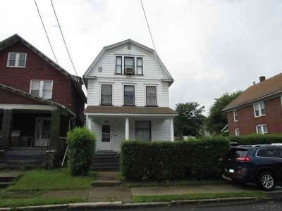 28 Akers Street Johnstown, Move right into this 1st floor