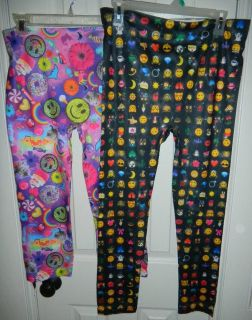 NEW Juniors XL Emoticons Leggings / Capri Pants Smiley Face Girls XL