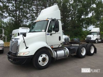 2006 International 8600 T/A Day Cab Truck Tractor