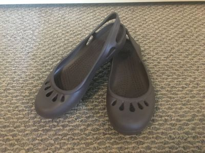 New! Womens Shoes - Crocs Brown Slip-On Shoes size 6