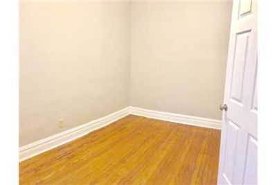 $1,250/mo - must see to believe. Washer/Dryer Hookups!