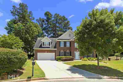2300 Wood Creek Ct DACULA Four BR, Now accepting backup offers!!