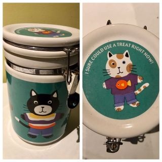 Ceramic cat treat container-keeps treats fresh
