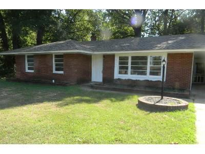 3 Bed 1.5 Bath Foreclosure Property in Memphis, TN 38116 - Childs Dr