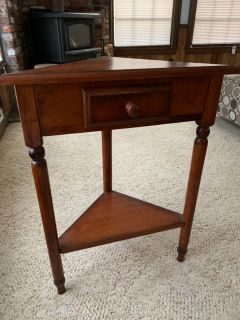 Small wooden corner end table