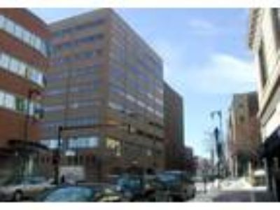 Portland, 4th & 7th floor Class A office suites available