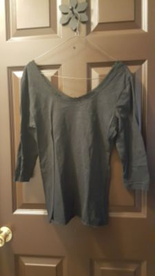 Maurices, L, Black top