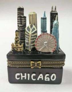 Chicago Illinois Souvenir Figurine Trinket Skyline Pill Box