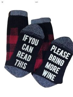 Fall winter socks giftable unisex if you can read this please bring me wine