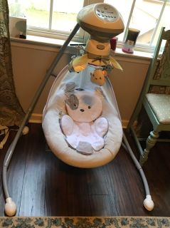 Fisher Price Snug a puppy swing