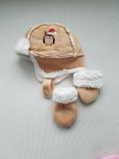 Baby owl winter hat and mittens. Grasslands Road brand
