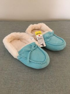 Brand New - Slippers, Turquoise , Size S (5-6) - NWT