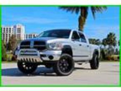 2008 Dodge Ram 1500 SXT Hemi Loaded