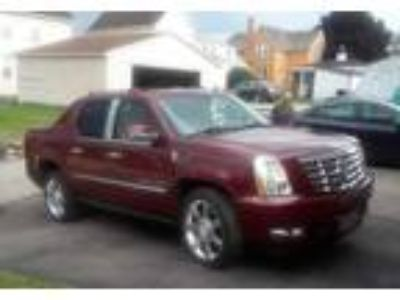 2007 Cadillac Escalade Truck in Donora, PA