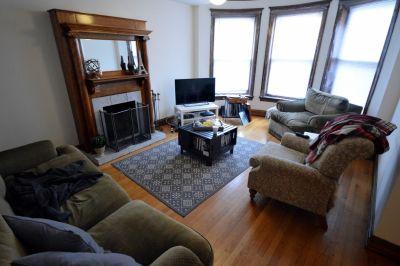 4 bedroom in Chicago