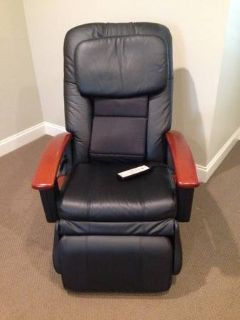 HTT Massage chair