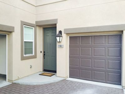 3 Bedroom 2.5 Bathroom Two Story Newer Condo for Rent in Temecula