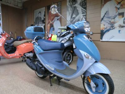 2008 Genuine Scooters Buddy International Saint-Tropez 150 250 - 500cc Scooters Downers Grove, IL