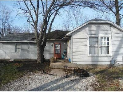 3 Bed 1 Bath Foreclosure Property in Greencastle, IN 46135 - N College Ave