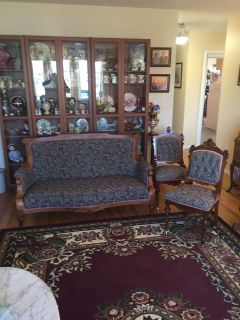 ANTIQUE EASTLAKE SETTEE AND CHAIRS