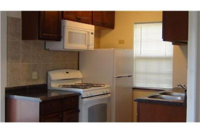 one bedroom cottage on the Fox River