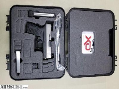 """For Sale: Brand New Springfield Armory XD-S 3.3"""" .40S&W Bi-Tone"""