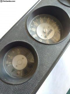 Gauge cluster bay bus speedometer