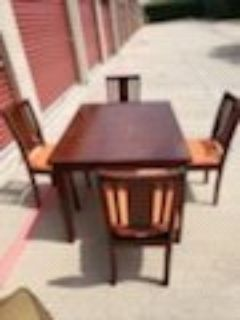 Dining Table w/4 chairs OBO